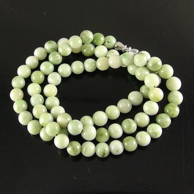 独山玉绿白料圆珠项链